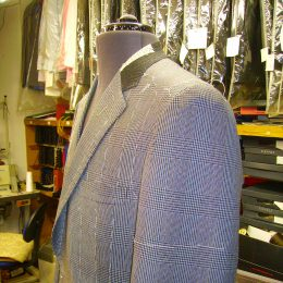 A Twisted Yarn Woolen Suit