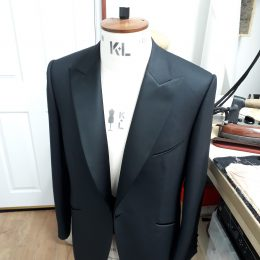 Super 100's Wool/Cashmere Dinner Jacket